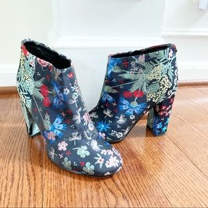 Sam Edelman Cambell Floral Brocade Ankle Boots 7.5